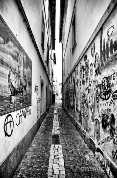 Photograph - Alley Lines by John Rizzuto