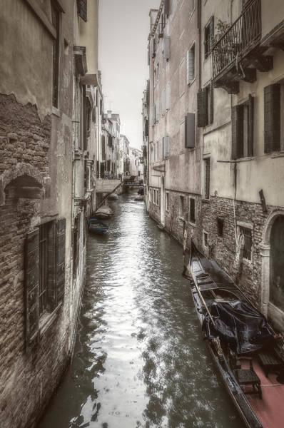 Photograph - Alley Water by Roberto Pagani