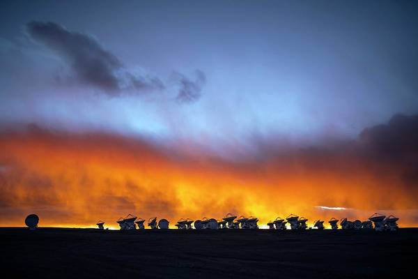 Wall Art - Photograph - Alma Telescopes At Sunset by Babak Tafreshi/science Photo Library