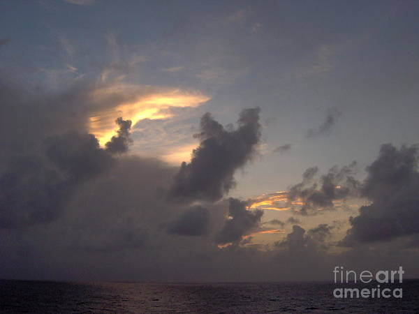 Photograph - Amazing Clouds At Sunset by D Hackett