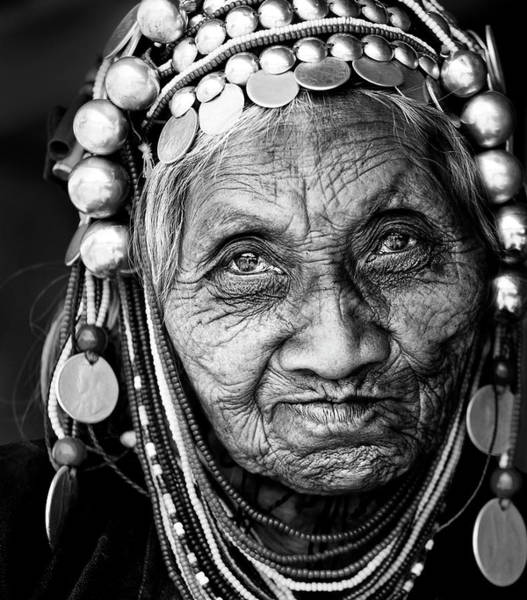 Myanmar Wall Art - Photograph - Amazing Face by Wayne Pearson