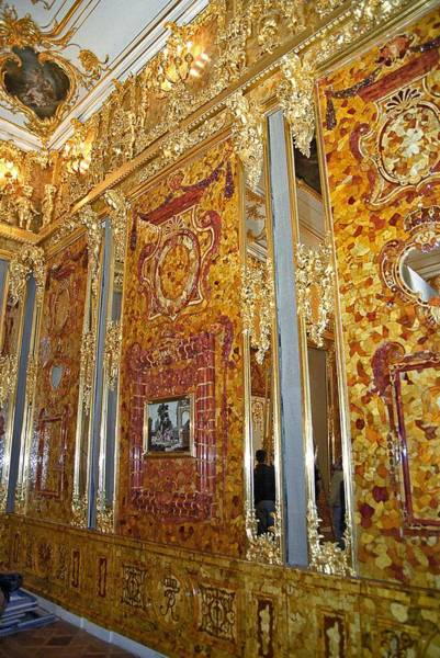Imperial Russia Photograph - Amber Room At Catherine Palace, Russia by Science Photo Library