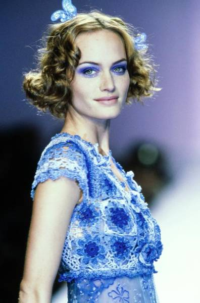 Runway Model Photograph - Amber Valletta On A Runway For Anna Sui by Guy Marineau