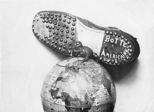 Photograph - American Boot To Crush Kaiser by Underwood Archives