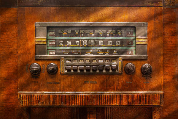 Photograph - Americana - Radio - Remember What Radio Was Like by Mike Savad