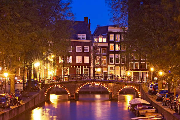 Photograph - Amsterdam Bridge At Night by Barry O Carroll