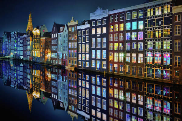 Wall Art - Photograph - Amsterdam Mirror. by Juan Pablo De