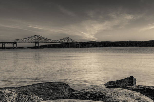 Hudson Valley Wall Art - Photograph - An Evening On The River by Dave Hahn