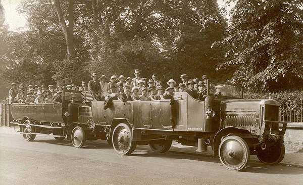 Charabanc Photograph - An Excursion In A Charabanc       Date by Mary Evans Picture Library