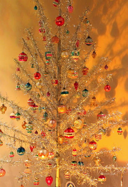 Seasonal Wall Art - Photograph - An Old Fashioned Christmas - Aluminum Tree by Suzanne Gaff