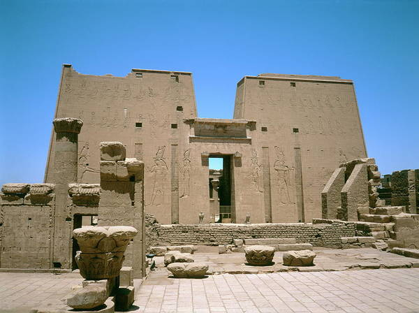 Pictograph Photograph - Ancient Egyptian Temple At Edfu by Robert Brook/science Photo Library