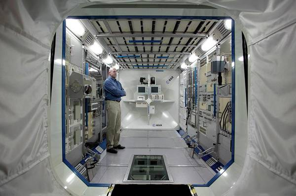 Astronaut Wall Art - Photograph - Andre Kuipers And Iss Colombus Simulator by Detlev Van Ravenswaay
