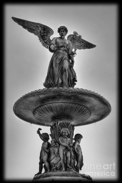 Angel Of The Waters Fountain - Bethesda Iv Art Print by Lee Dos Santos