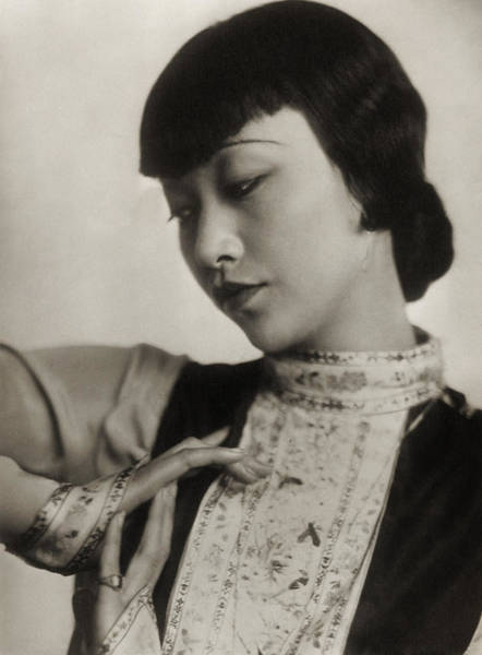 Photograph - Anna May Wong by Photo Researchers