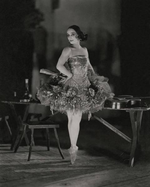 Wall Art - Photograph - Anna Pavlova In Her Ballet Costume by James Abbe