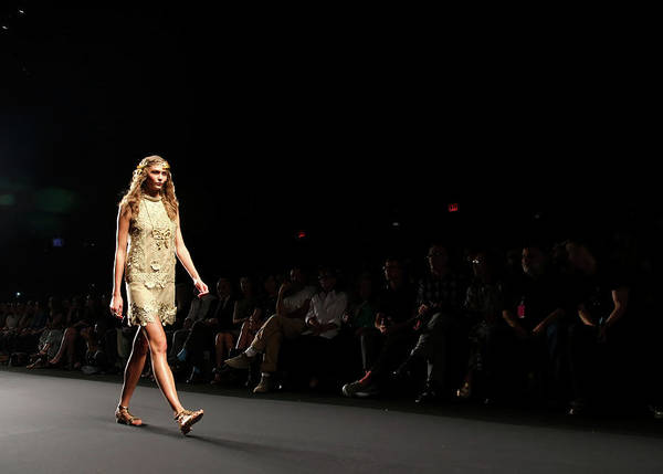 Center Stage Photograph - Anna Sui - Front Row - Mercedes-benz by Neilson Barnard