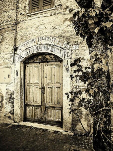 Photograph - Antica Bottega B/w by Alessandro Della Pietra