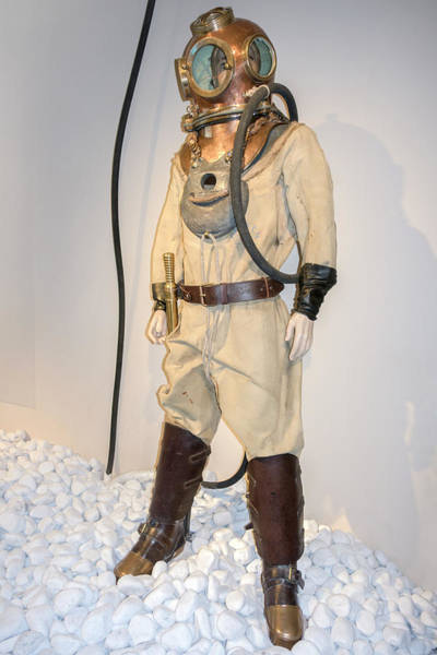 Diving Suit Photograph - Antikythera Explorer's Diving Suit by Louise Murray/science Photo Library