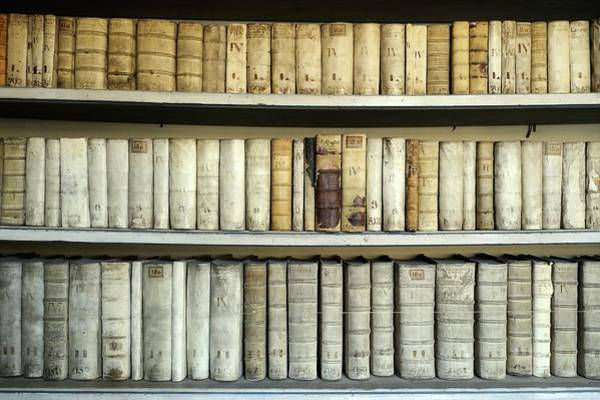 Book Shelf Photograph - Antique Books by Bildagentur-online/mcphoto-schulz