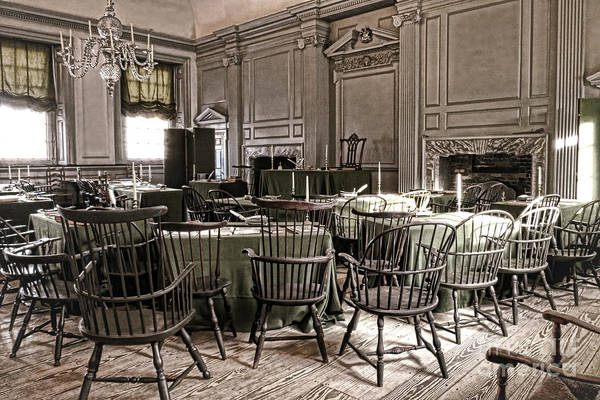 Photograph - Antique Independence Hall by Olivier Le Queinec