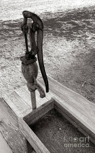 Hand Pump Photograph - Antique Water Fountain by Olivier Le Queinec