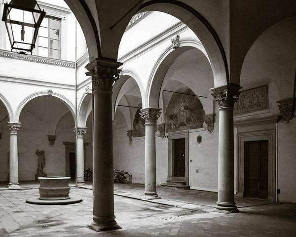 Wall Art - Photograph - Apartment Corridor In Florence by Susan Schmitz