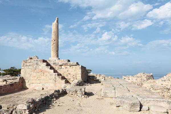 Photograph - Apollo Temple On Aegina by Paul Cowan