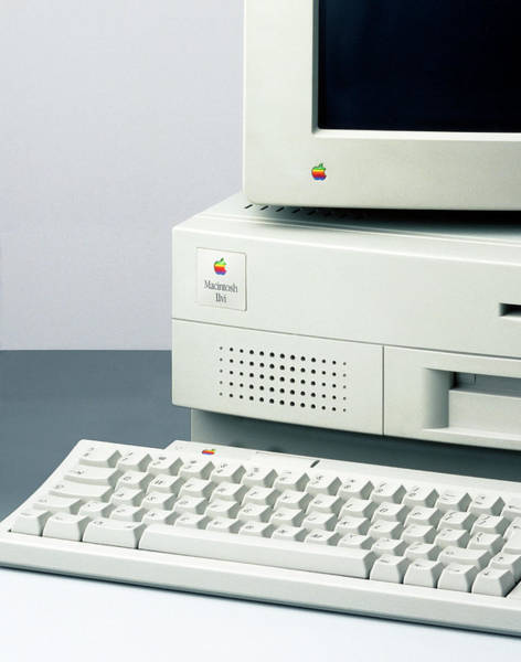 Macintosh Apple Photograph - Apple Macintosh Computer by Ton Kinsbergen/science Photo Library