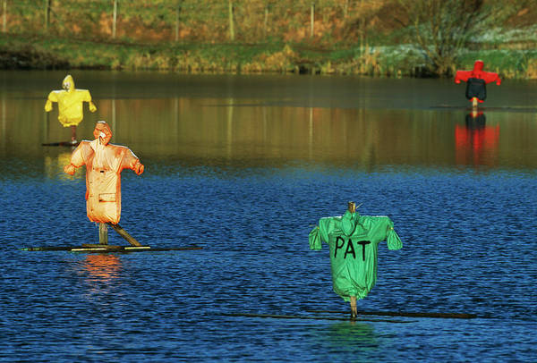 Biological Pest Control Photograph - Aquatic Scarecrows by Andy Harmer/science Photo Library