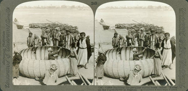 Wall Art - Photograph - Arabs Building A Kufa by Underwood Archives