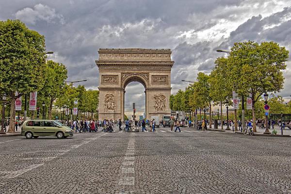 Photograph - Arc De Triomphe 2 by Mauro Celotti