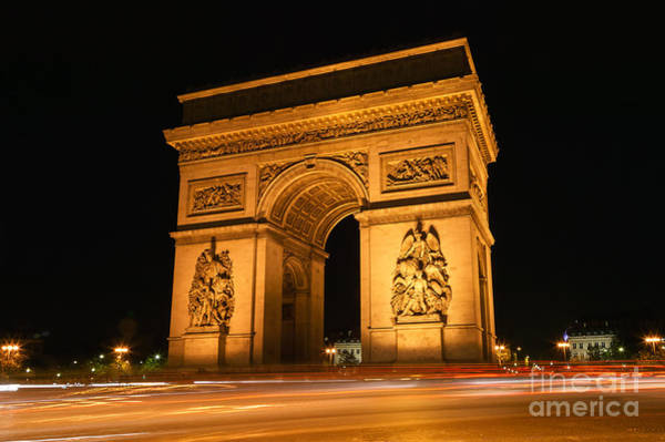 Photograph - Arc De Triomphe At Night II by Clarence Holmes