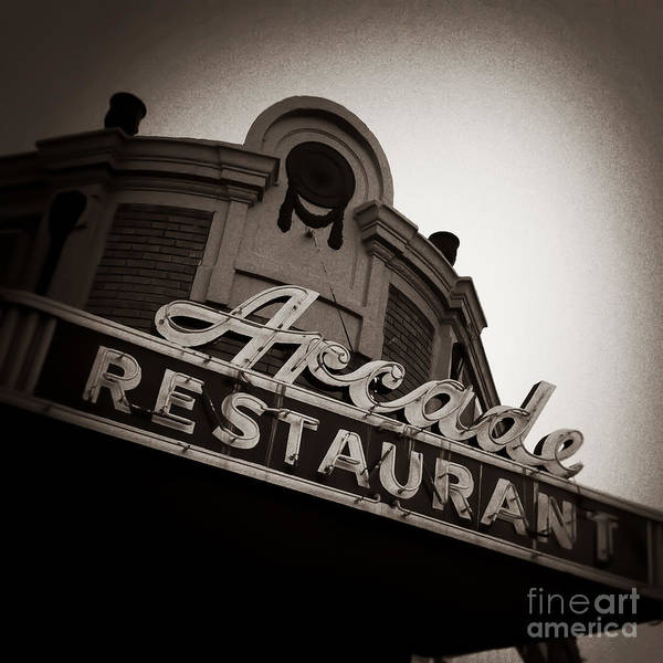 Photograph - Arcade Restaurant Memphis Tennessee by T Lowry Wilson