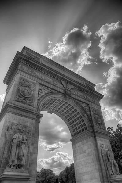 Photograph - Arch At Washington Square by Paul Watkins