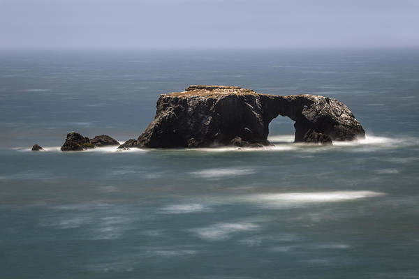 Photograph - Arched Rock by Lee Harland
