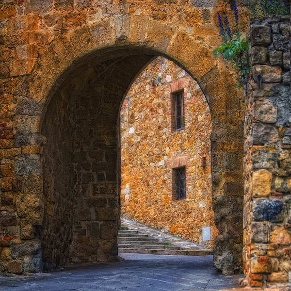 Photograph - Arched Stone With Staircase by Bob Coates