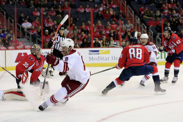 Scoring Photograph - Arizona Coyotes V Washington Capitals by Rob Carr