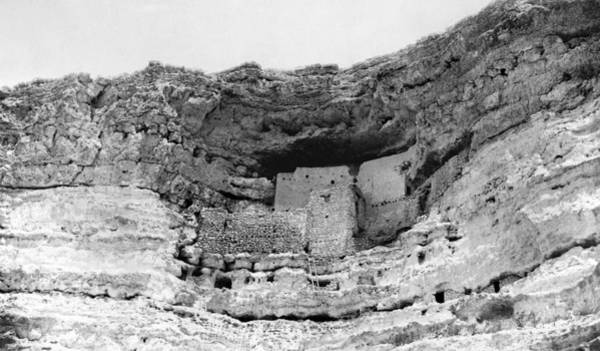 Photograph - Arizona Montezuma Castle by Granger