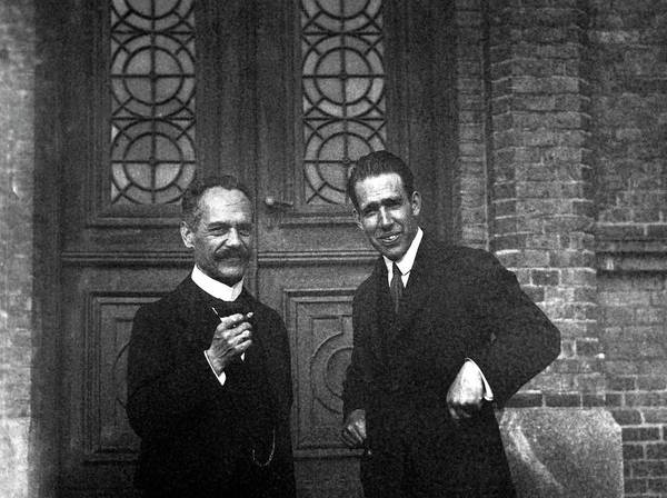 Nobel Wall Art - Photograph - Arnold Sommerfeld And Niels Bohr by Emilio Segre Visual Archives/american Institute Of Physics