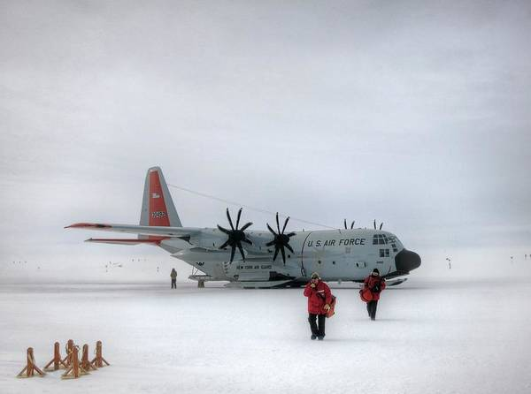 Wall Art - Photograph - Arrival At South Pole Research Station by Nsf/steffen Richter/harvard University
