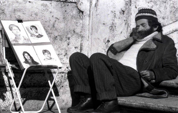 Photograph - Artist In Piazza Di Spagna by Emanuel Tanjala