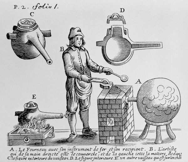 Wall Art - Photograph - Artwork Of 17th Century Distillation Apparatus by Science Photo Library