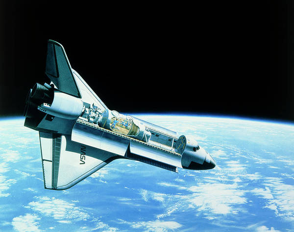 Space Shuttle Photograph - Artwork Of Space Shuttle In Orbit by David Parker/science Photo Library