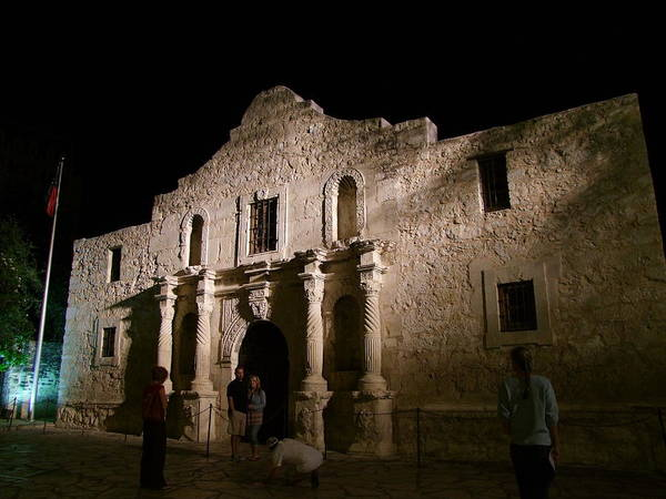 Photograph - As They Say Remember The Alamo by Philip Rispin