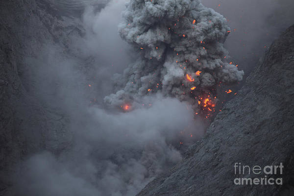 Photograph - Ash Cloud Rising During Strombolian by Richard Roscoe