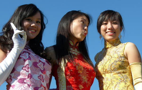 Photograph - Asian Chinese Queens by Jeff Lowe