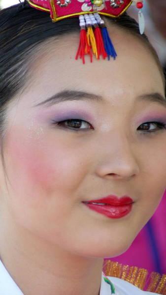 Photograph - Asian Princess by Jeff Lowe