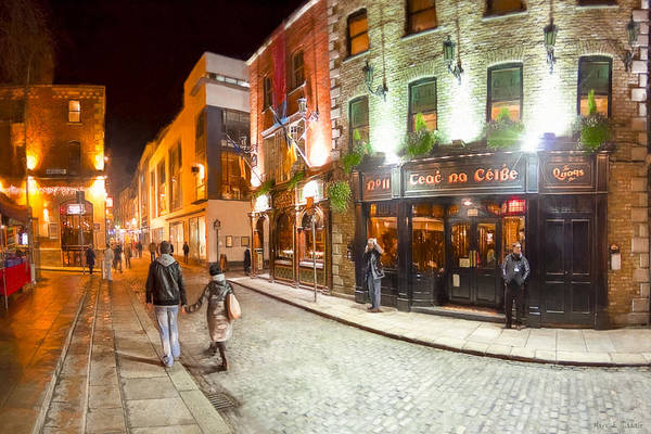 Photograph - At Night In Temple Bar - Dublin by Mark Tisdale