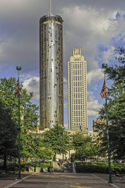 Hotlanta Photograph - Atlanta Centennial Olympic Park by Willie Harper