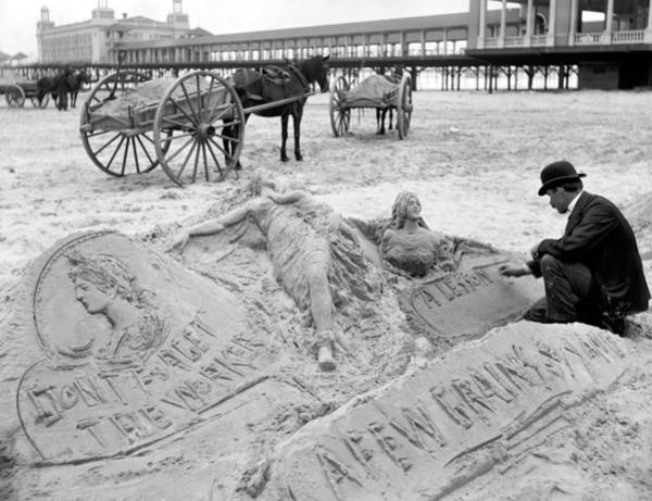 Photograph - Atlantic City The Sandman by Granger